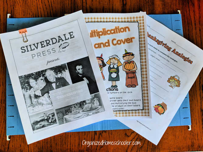 organizing homeschool papework by theme - Thanksgiving in a file folder
